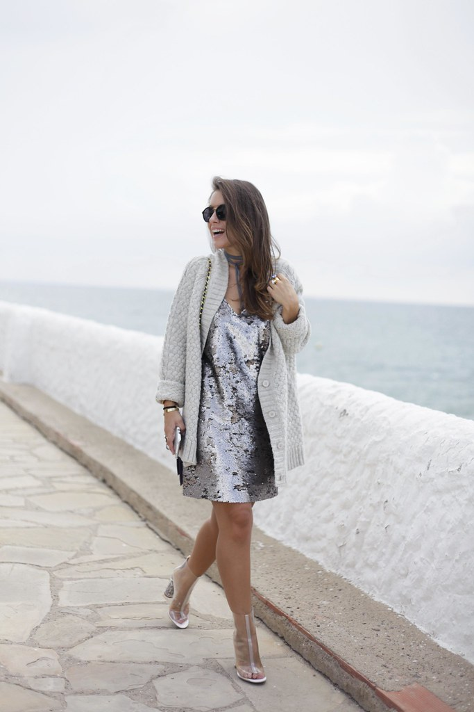 011_casual_outfit_sequins_and_cardigan_Mysundaymornig_theguestgirl_blogger_barcelona_influencer