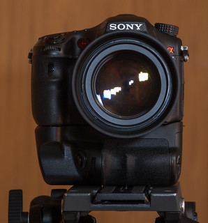 Sony A77 with BP-A77 battery grip on Manfrotto MVH502A
