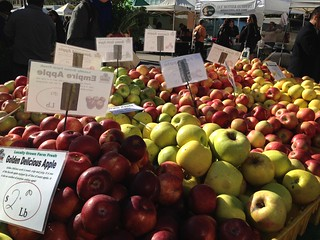 Union Square Farmer's Market: Apples