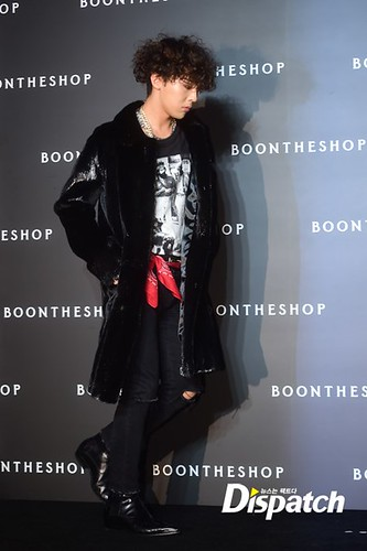 Taeyang-GD_at-Boontheshop-20141017_06