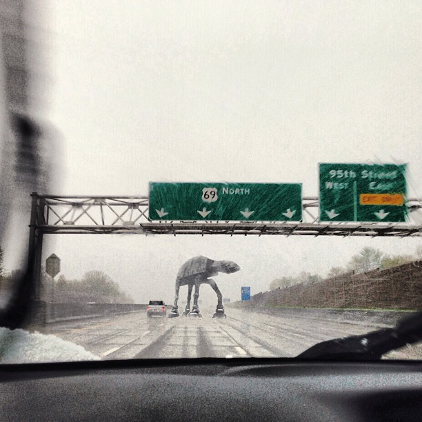 Weather is pretty bad in Kansas City today. #snow #snowinmay