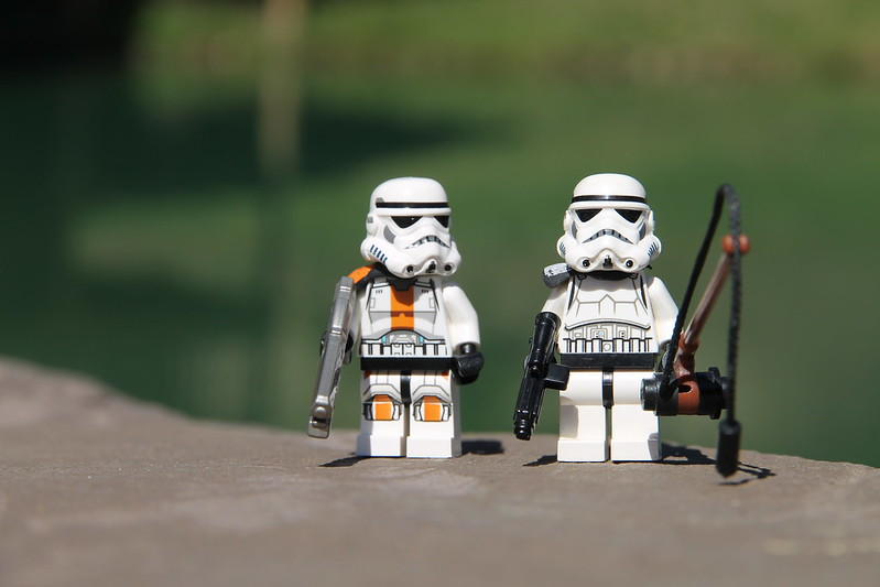 LEGO Star Wars 8711905300_ac42546de7_c
