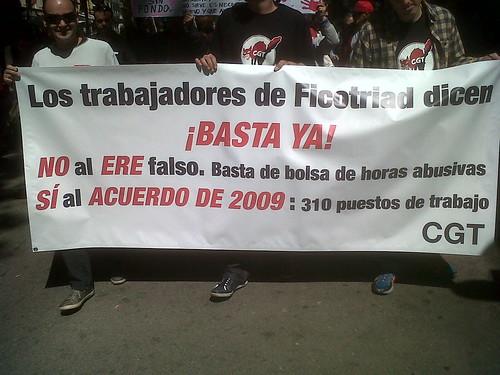 1 MAIG Pancarta treballadors CGT #FICOSA a Manifestació CGT a Barcelona #1maig2013 #1maigCGT
