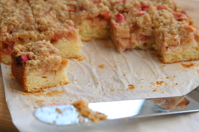 rhubarb cake 7