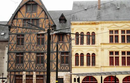 Maison à Colombages, Orleans-- Maison de Jeanne d'Arc!