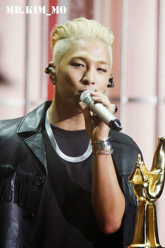 Taeyang-GoldenDiscAwards-more-HQs-20150114-52