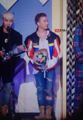 Big Bang - The 5th Gaon Char K-Pop Awards - 17feb2016 - YB 518 - 02