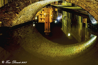 RIFLESSI NELLA NOTTE     ----     REFLECTIONS IN THE NIGHT