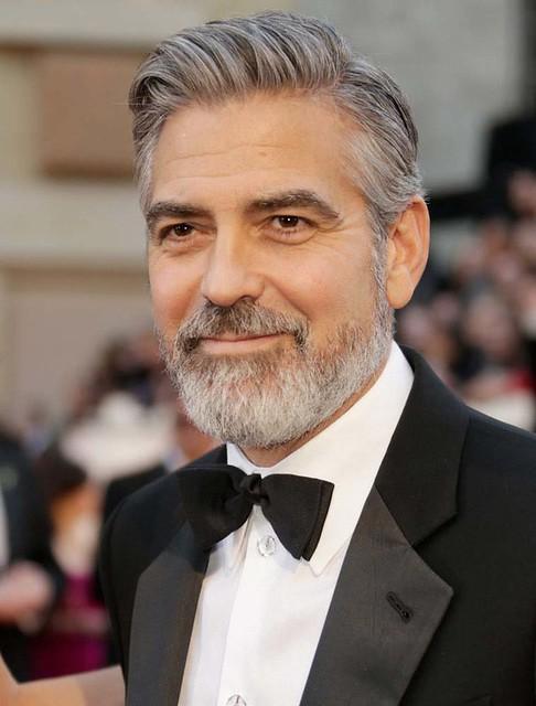 George Clooney y sus 52 atractivos años
