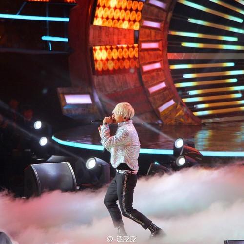 Taeyang-YoungChoiceAwards2014-Beijing-20141210_HQs-14