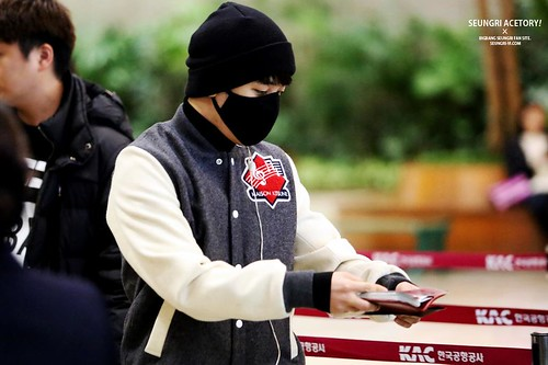 Big Bang - Gimpo Airport - 27feb2015 - Seung Ri - Acetory - 06