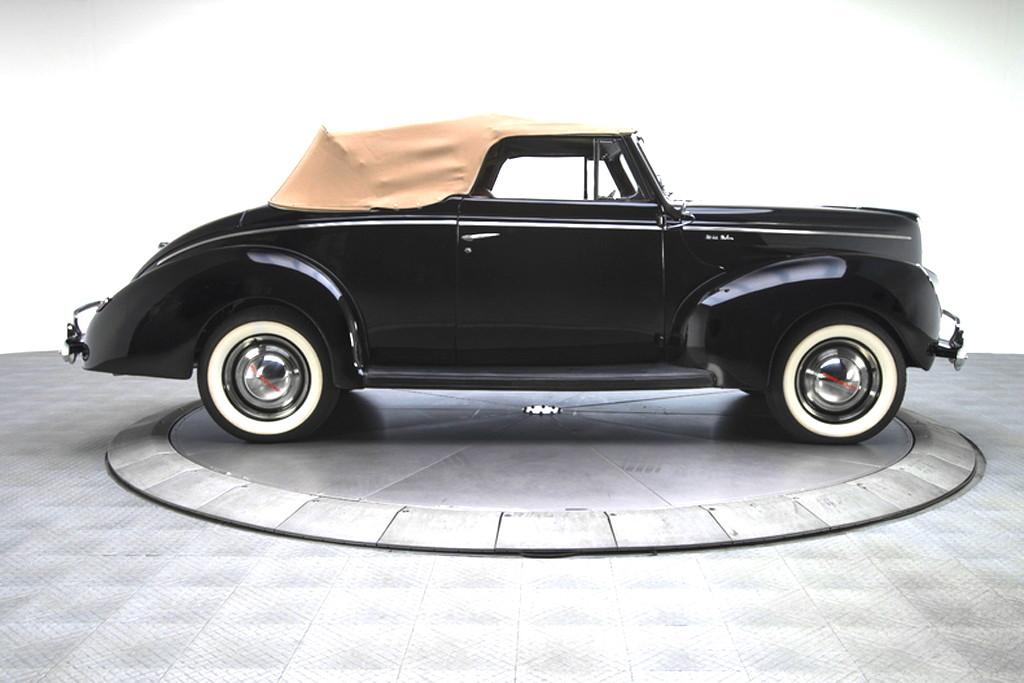 40023_D Ford Deluxe 221CI Flathead V8 3SPD CV_Black