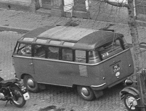 PD-23-69 Volkswagen Transporter Samba 23raams 1953
