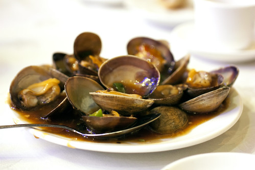 clams in black bean sauce @ golden unicorn