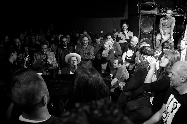 Ed Harcourt entertaining the crowd at the Bull and Gate's last night