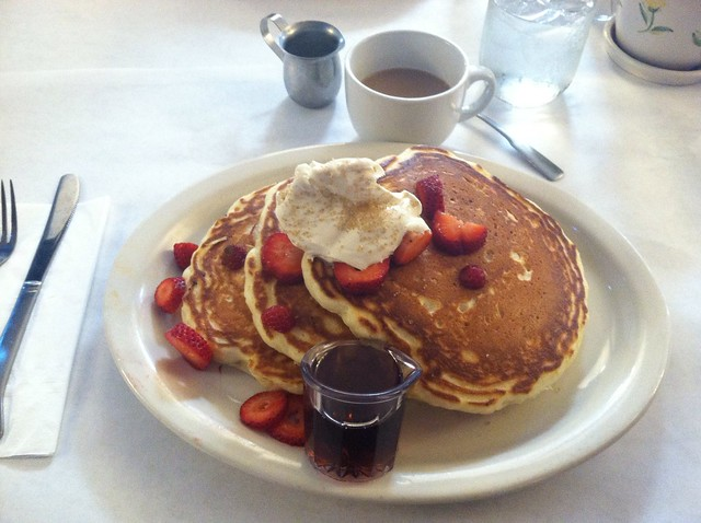 pancakes @ Bacon and Butter