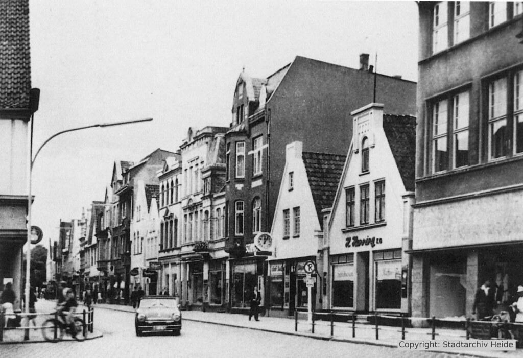 Straßenverkehr in der Friedrichstraße