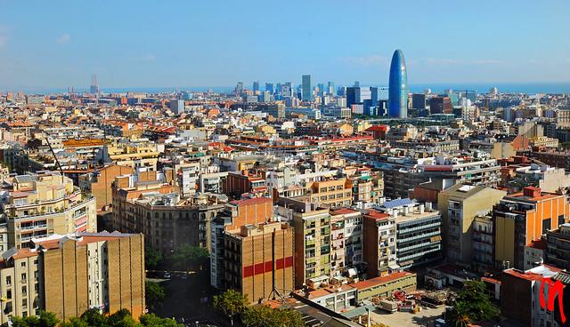 Phot.Barcelona.Panorama.Torre.Agbar.01.101020.7960.jpg