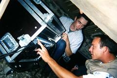 Florian et Franck au réglage sono Repas du foot (juillet 2001)045
