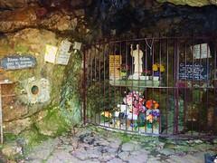 Mervent, grotte du pere de montfort