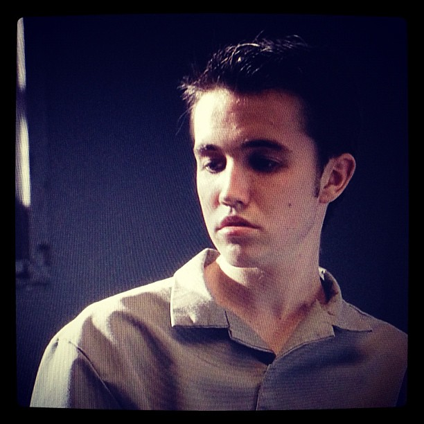 pretty sure this is Rob McElhenney on Law and Order   itsalwayssunnyRob Mcelhenney Law And Order