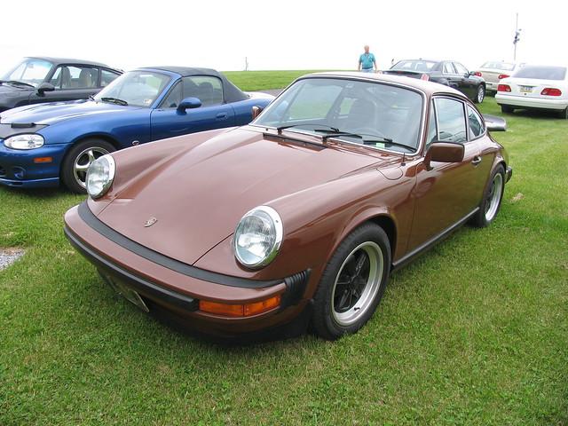 Porsche 911 S (G)
