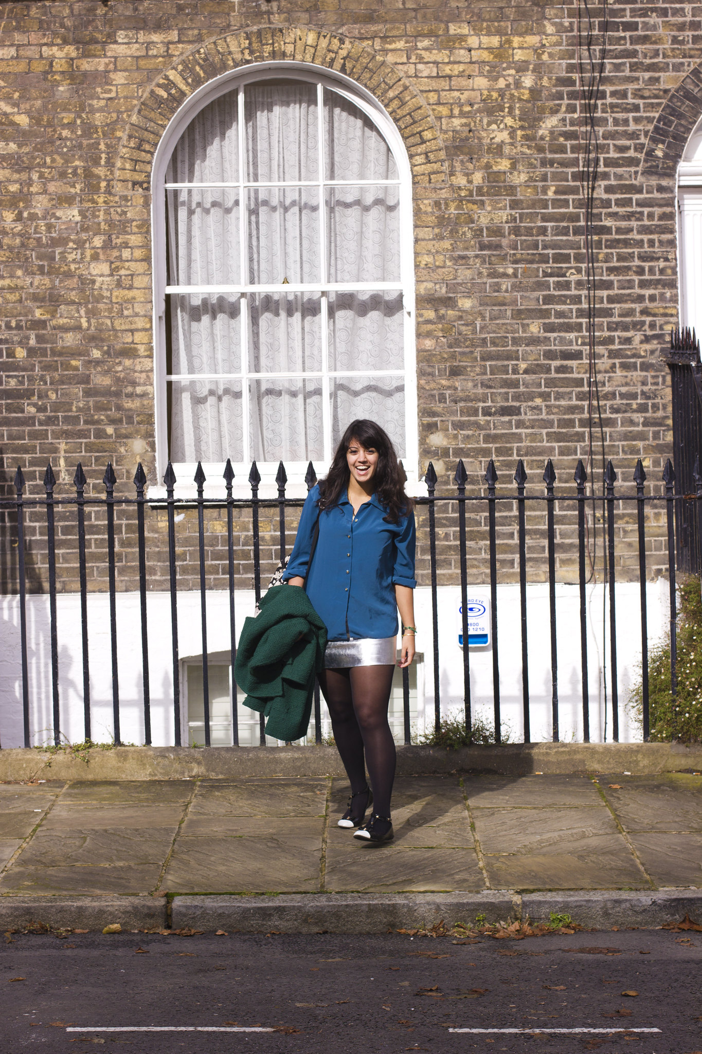 Silver skirt turquoise teal shirt green coat kings cross london bloggers bas ellie let's see laila tapeparade
