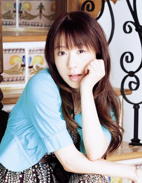 141110(1) - 第2次聲優熱潮女星&武道館演唱會第一人、元祖偶像聲優「椎名へきる」在8日宣布結婚!