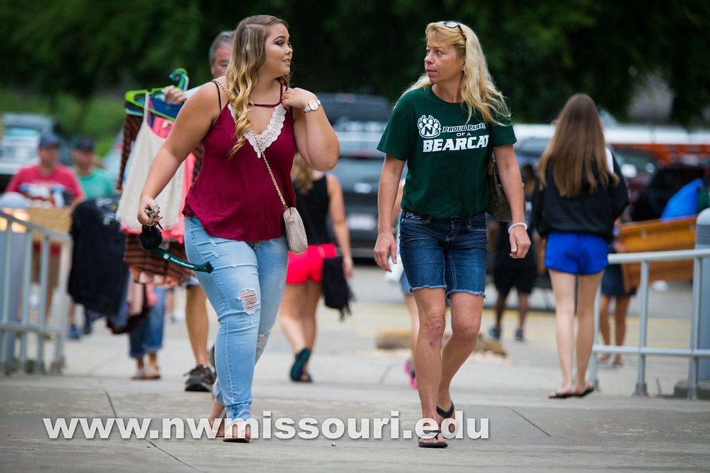 move in day fall2016 tw 06641