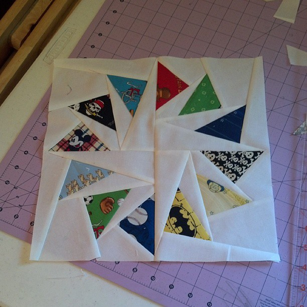 Paper pieced circle of geese block. #quilting #paperpiecing #circleofgeese #craftsy #blockofthemonth2012