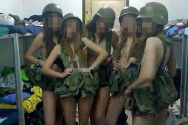 Foto de soldados israelíes semidesnudas causa revuelo en las redes sociales