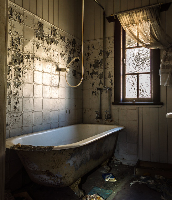 Abandoned Bath Room