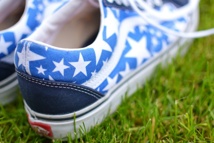 star vans cloggs