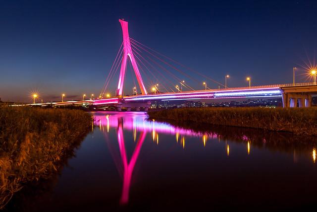 社子大橋夜倒映 - Reflection of Shetzu bridge