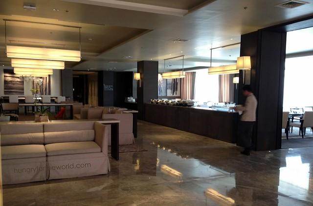 seda lobby and restaurant area