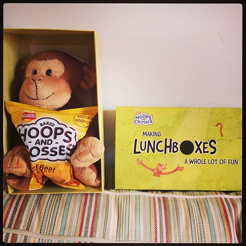 We are Walkers Crisp bloggy people. @minimoobear has appropriated the monkey @walkers_crisps