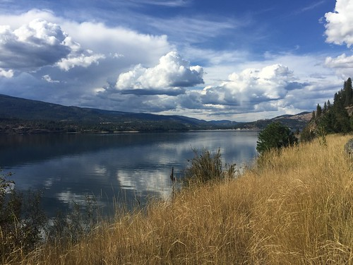 sky river kettlefalls clouds reflections lakeroosevelt columbiariver washington