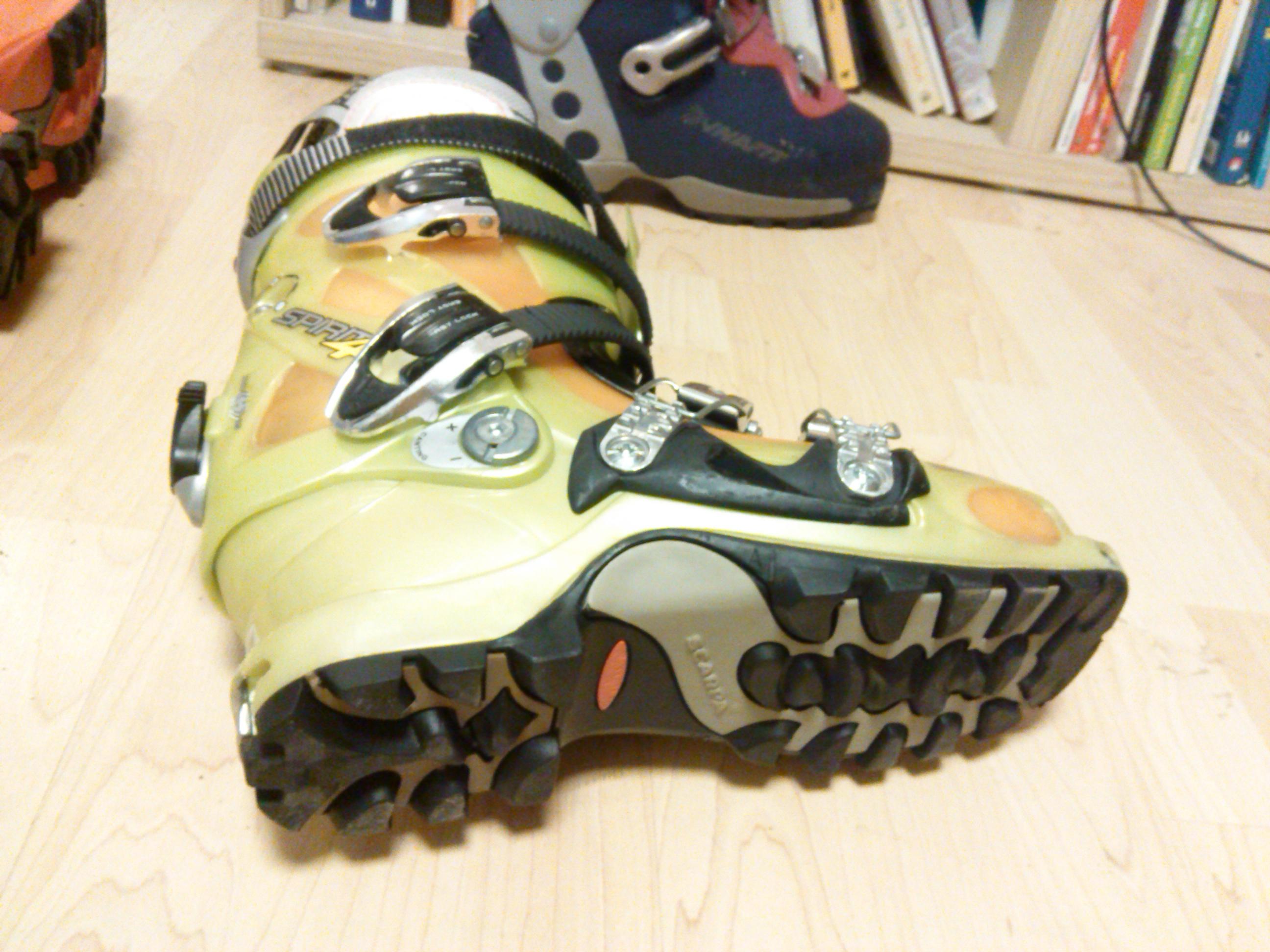 Skialp boty 42 43 - Bazar - SNOW.CZ efd430302b