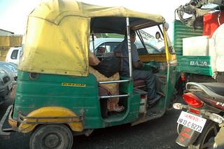 New Delhi traffic tuk tuk