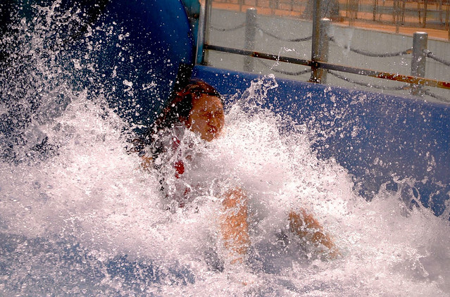 Best Photos Of Diving, Swimming And Surfing With Water Splash