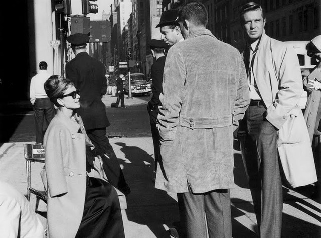 Audrey Hepburn and George Peppard on location during filming of  Breakfast at Tiffany's (1961)