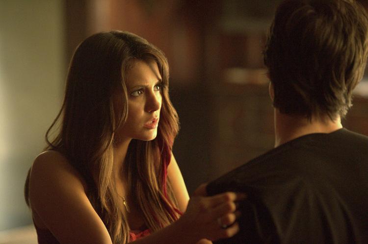 смотреть дневники вампиров 6 сезон все серии