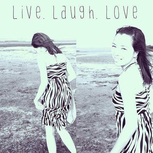 Live. Laugh. Love. Happy Sunday! ❤