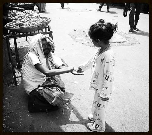 Marziya Shakir 5 Year Old Unlearns Photography .. Shooting Beggars by firoze shakir photographerno1