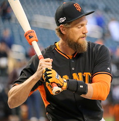 Giants outfielder Hunter Pence works out before the NL Wild Card Game.