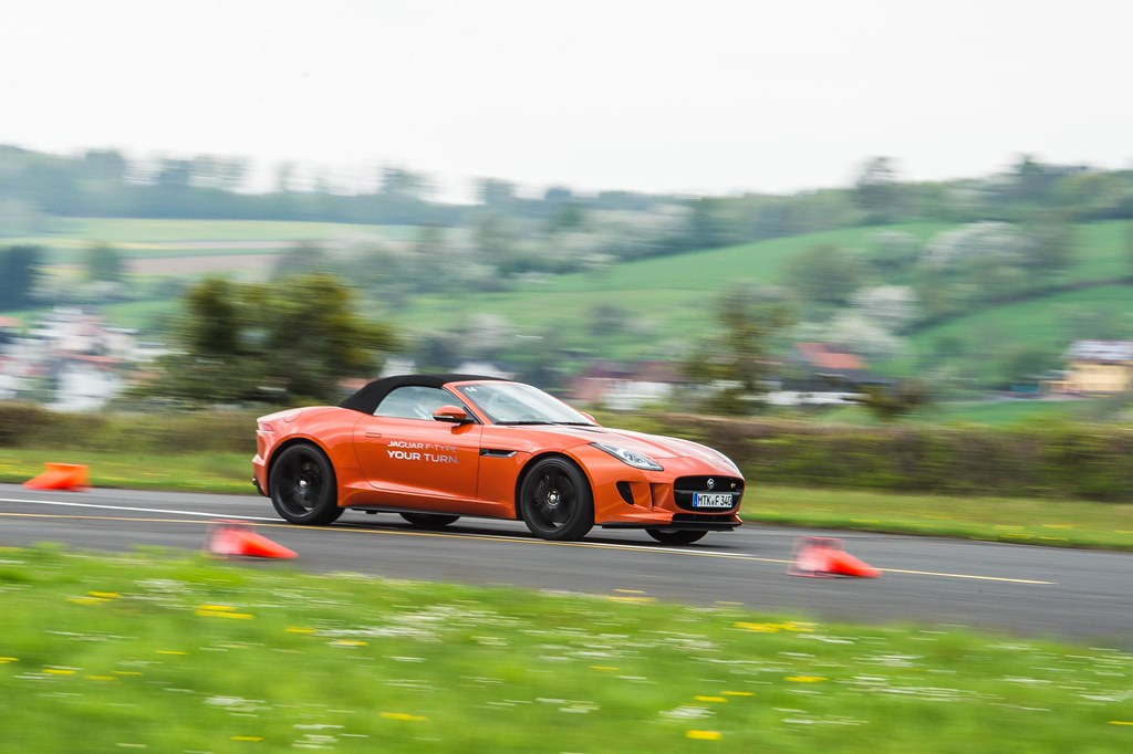 Jaguar F-Type first drive