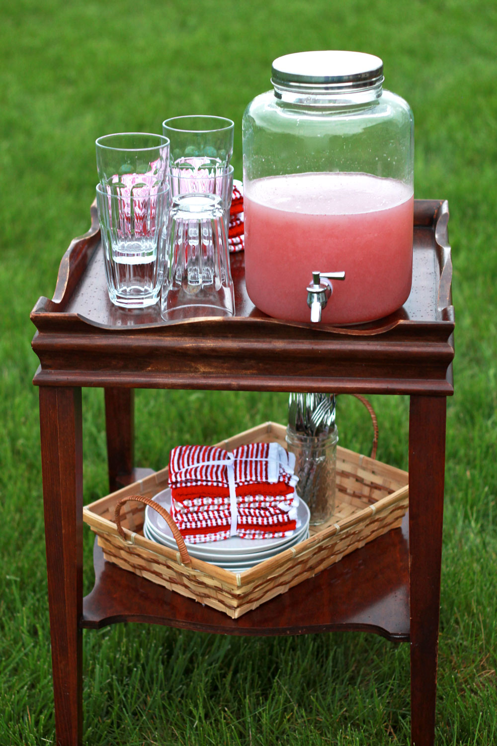Backyard Barbecue Tips | Perpetually Chic for Wisconsin Cheese