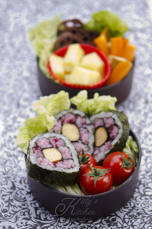 Sakura Sushi bento1
