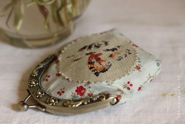 Spring coin purse