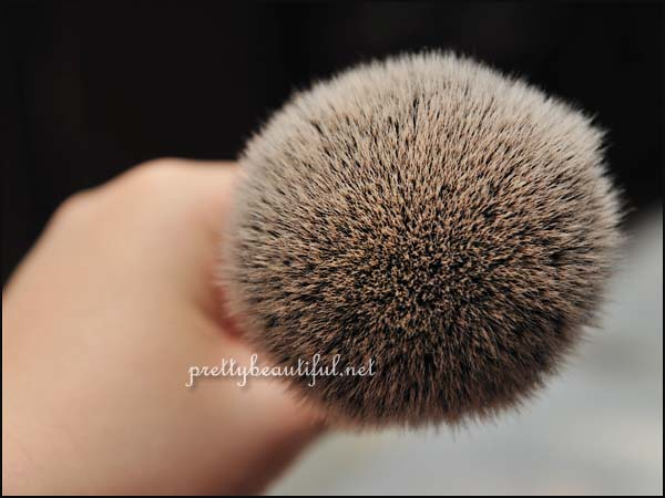 Real Techniques Powder Brush 2